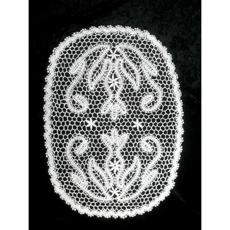 Serweta koronka klockowa Plaster Miodu z girlandką