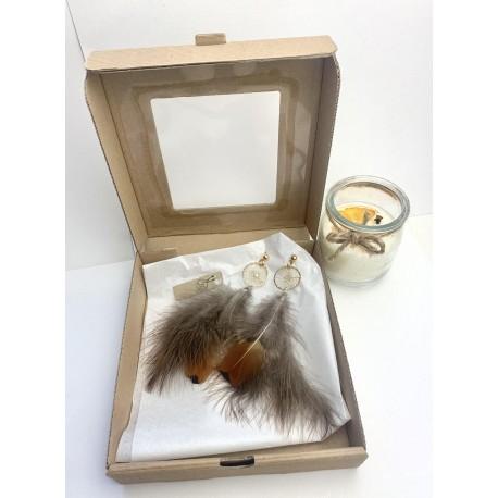 Świąteczny box prezentowy z koronkową biżuteria 6